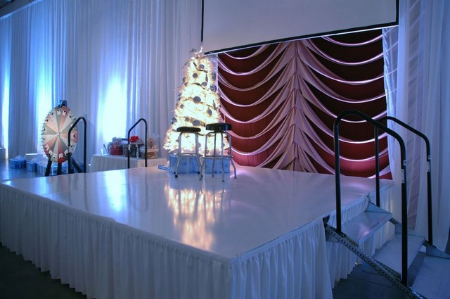 Christmas-Party-Main-Stage